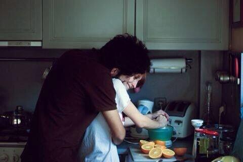 マンコ「私が毎日洗濯してご飯作ってるからあなたは仕事頑張れるのよ。」