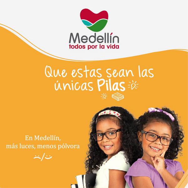 Familias Unidas Medellin Sonrisas y Familias Unidas