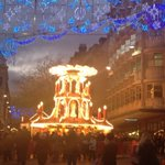 Nipped out to shops (Secret Santa duty calling) struck by how pretty the Bham German market looks... http://t.co/6EQTVClCTT