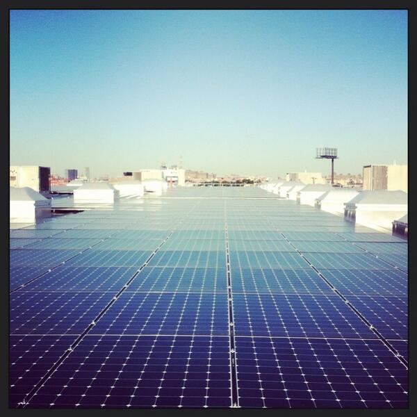 """RT """"@NYGovCuomo: PHOTO: Largest #solar installation in #NYC completed 1.56 megawatt #rooftop #solar project http://t.co/BJf3sqOqvn"""""""""""