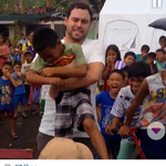 Look at scooter omygod im crying so hard rn oh god. #GiveBackPhilippines #MaramingSalamatBieber @scooterbraun ILYSM http://t.co/cegKiwv1Zv