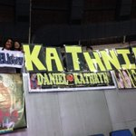 RT @ABSCBN_Showbiz: Fans of Kathryn Bernardo and Daniel Padilla at the #KwentoNgPasko2013 Concert #TulongPH http://t.co/qreRSHeo9t I via @dearscarjames