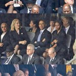 Obama flirt met Deense premier. Michele not amused en grijpt direct in. (HT @DABNOS) http://t.co/pO7xDBD8bY