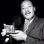 #ThisDayInGAHistory in 1964 Martin Luther King, Jr. became the youngest person ever awarded the Nobel Peace Prize. http://t.co/oitv8Bsrrt