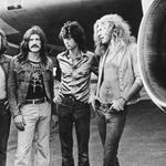 RT @nycjim: Led Zeppelin Joins Spotify After Long Holdout. http://t.co/W30kWTWMUB http://t.co/LsfOCaYXeR