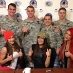 #TotalDivas @NatalieEvaMarie & @NicoleAndBri meet #Troops at 2/75 Ranger Dining Facility at @JBLM_PAO. #WWEatJBLM http://t.co/XTsPB0R7XF