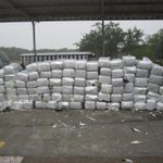 RT @ksatnews: Agents seize 1 ton of pot at checkpoint http://t.co/t1OvkXcZjc #KSATnews http://t.co/rBkwkOtsdU