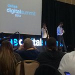 The real life Siri (Susan Bennett) is on the stage at #DDSum13. Kinda strange hearing Siri speak naturally. http://t.co/EnfsZncf77