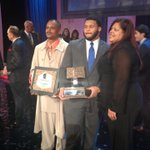 RT @GoPittFootball: Proud mom and dad! @LombardiAward HAIL TO PITT! http://t.co/I46aCDgLaG
