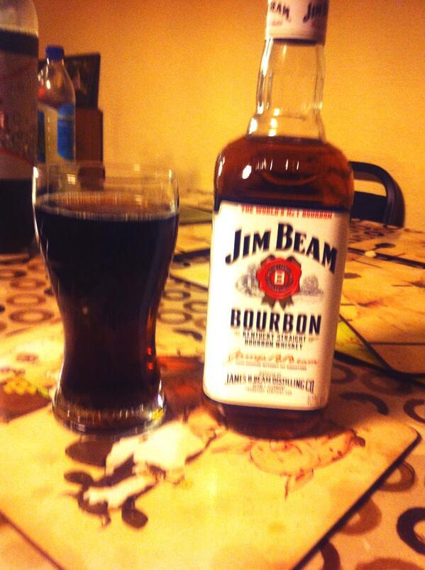 #Cheers. #nowgogetajob #buymore RT @njg90: Bored on a Thursday night and have no job so getting my drink on #jimbeam http://t.co/vG4NdJwIdX