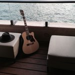 RT @CodySimpson: good workout followed by song writing on the water. not bad! http://t.co/biXZNgn8Gn