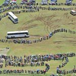 PHOTO: Tens of thousands of mourners have formed queues several kilometres long to view Mandelas body. http://t.co/jqcTExfyqF