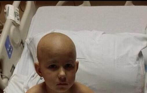 We need to  #BELIEVE good things still happen and what better time of year! #JustinMeetMiley http://t.co/ipfp9bTAdH  http://t.co/u4lZShW6rs