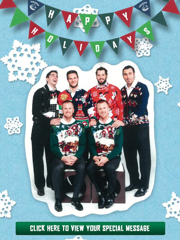 Not sure what the best part of this #Canucks Christmas card is, but hard to beat the twins' matching sweaters. http://t.co/NOB5T2tINd