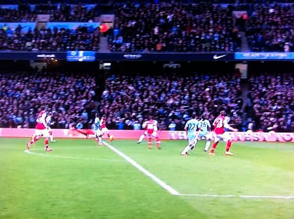Bbd97U3IIAAK2Jn Arsenal had four offside decisions go against them at Manchester City [Pictures]