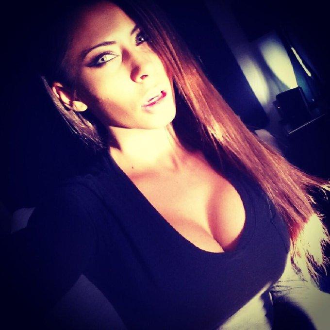 If I were a Vampire would u let me suck u dry? ;) #JustANibble http://t.co/U6juHdINsk