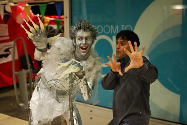 We all love a little #jackfrost! #festive #frosting @Highcross this weekend with @Enteredem  12-5pm http://t.co/djHyk3wTEA