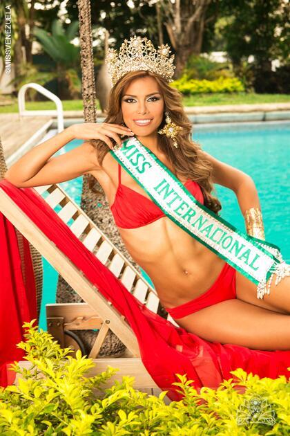 La organización @MissVzla felicita a @Elian_Herrera_V por su participación en el Miss Internacional 2013 http://t.co/OTWyDGtUj9