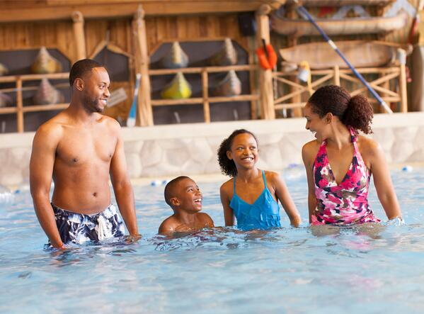 Retweet if a trip to Great Wolf Lodge would make all of your holiday wishes come true! http://t.co/xqlwQn3Gm5