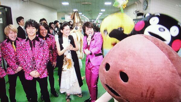 ふなっしーとくまもんとなめこにビビる櫻井翔(31) http://t.co/89h9fygG02