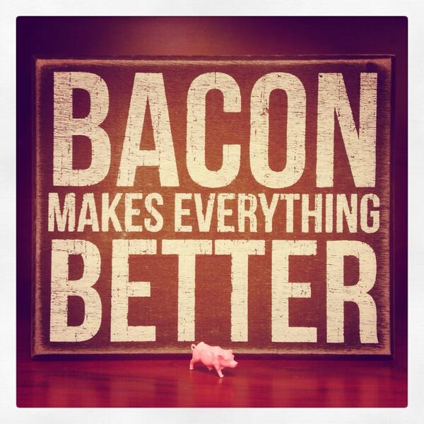 May your #2014 be made better with #bacon! #HappyNewYear!!! http://t.co/jfeP2927h0