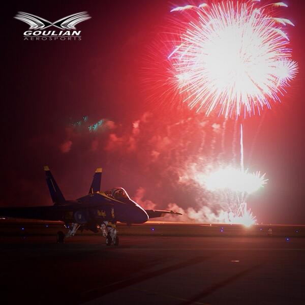 Happy New Year to my @BlueAngels friends and all aviators around the world!!!!! http://t.co/plEFdiMQQX