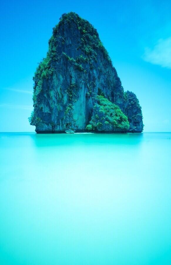 Railay Beach, Thailand http://t.co/9945zP0J3L