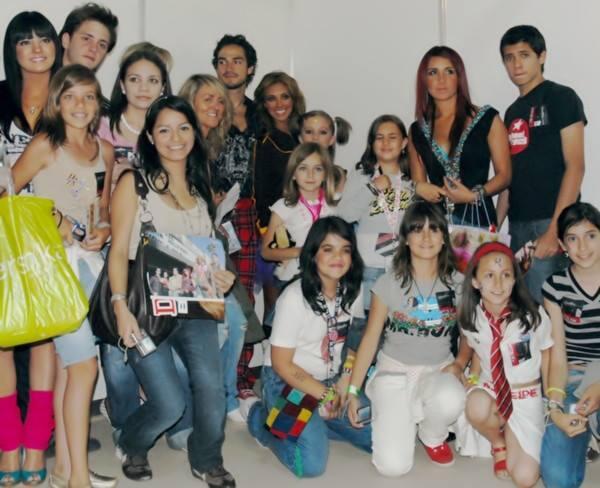 RBD se encuentra entre los artistas latinos con más ventas en la década del 2000 #5AñosUltimoConciertoRBD http://t.co/1mMMVogTgl