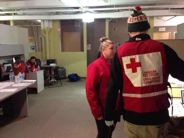 Charlsie Agro (@CBCharlsie): @redcrosscanada volunteers hard at work helping people cope with #TOicestorm2013 #sl http://t.co/9StsAZNCe4