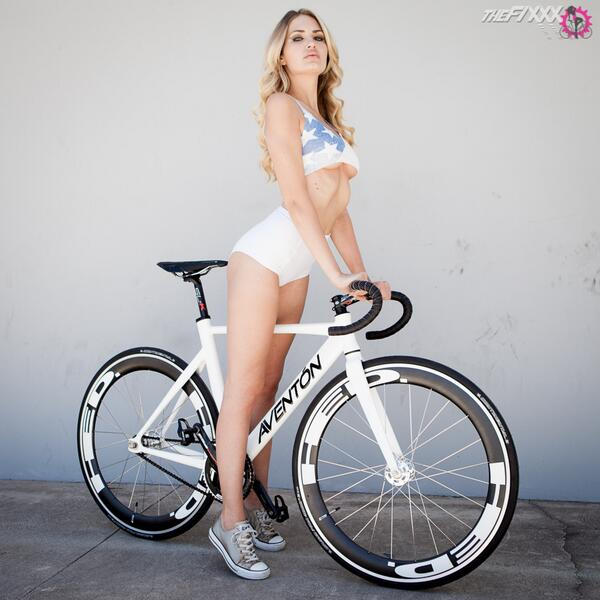 Your Daily Fixation... If you didn't get it, new stuff at http://t.co/1XqroTgkJy http://t.co/tLgydZ74sj
