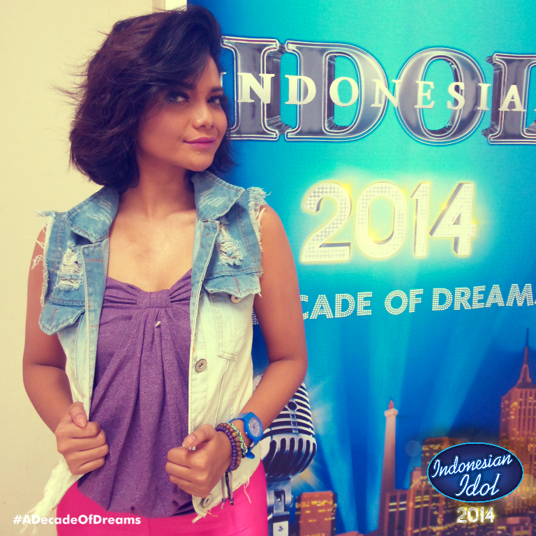 It's #IndonesianIdol Season 8!! Tayang 4 JAM LAGI loh IDOLovers di @OfficialRCTI! Are you ready? #ADecadeOfDreams http://t.co/k5f8cSzqHG