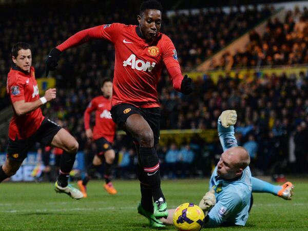 BclgtO5CEAAZ9Sv Danny Welbeck does the business off the bench at Norwich as Man United win their 6th straight game