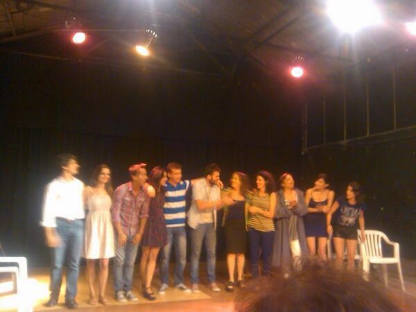 Ignacio Calviño (@Naquio): Teatrando un rato,... y con un público muy generoso!!!! :D http://t.co/zdE8v18oYz