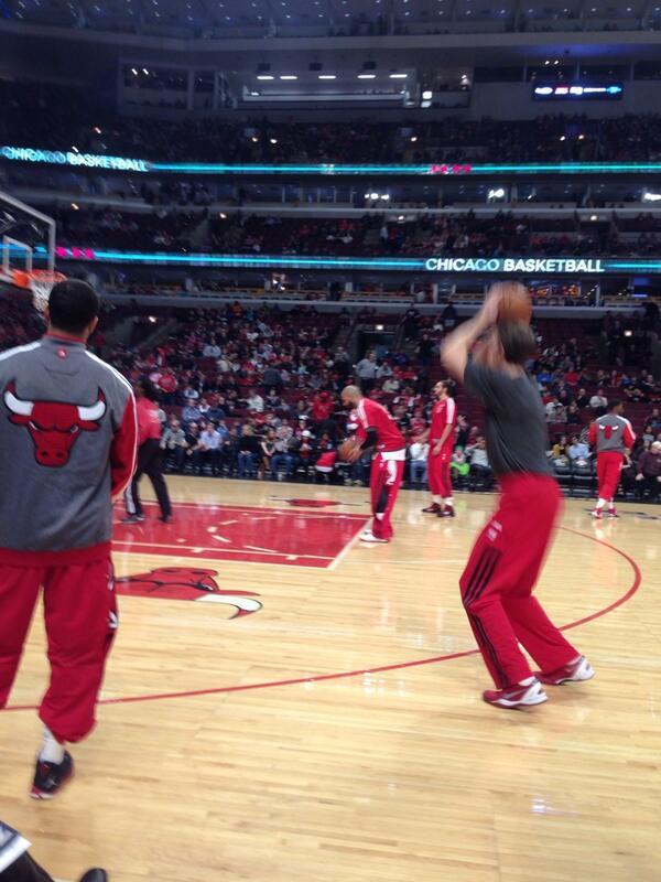Well peeps15 minutes till tip off. Let's go Bulls http://t.co/xJHP4kNTRd