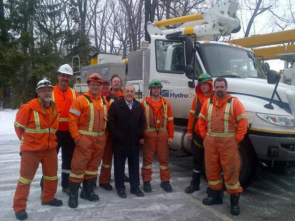 Thank you to @hydroottawa for coming down to help with restoration in #toronto. #onstorm http://t.co/s3YeshmYWF