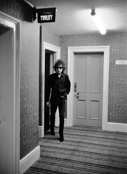 Bob Dylan http://t.co/6azzhjMCcb