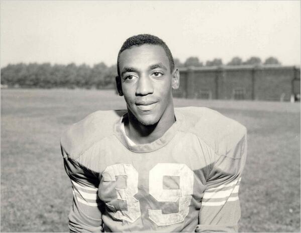 Bill Cosby when he played fullback in college for the Temple Owls http://t.co/IfCpldyKAR