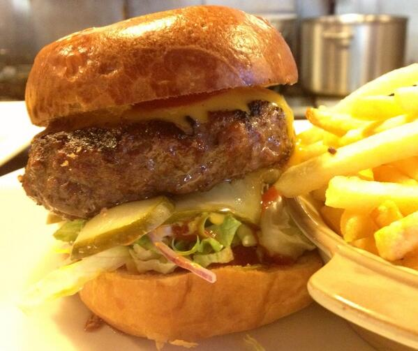 The Ship (@ShipWandsworth): Very tasty Chargrilled beef burger with cheese,pickled cucumber & fries #juicy http://t.co/cnYcX047lx