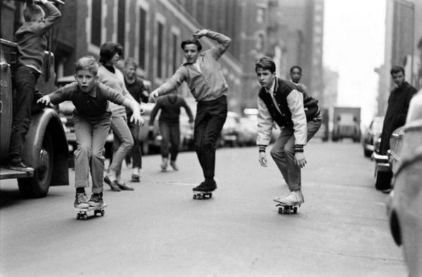 Skateboarding in New York City, 1965 http://t.co/hgBn8VKYO0