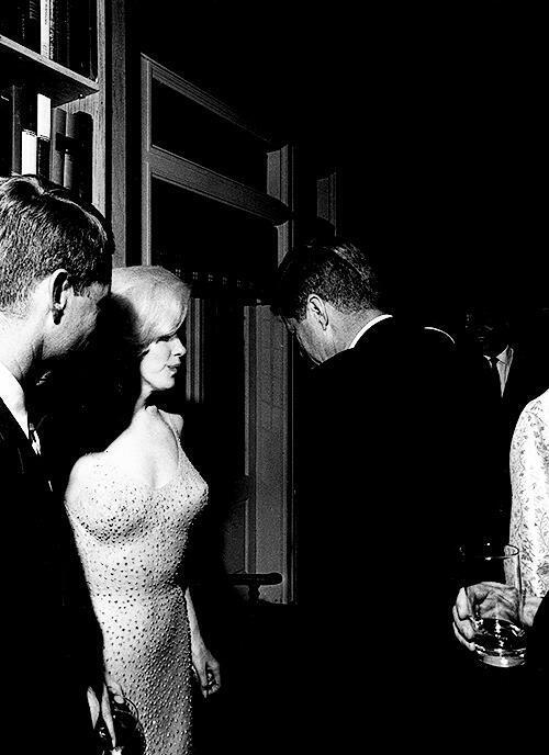 John F. Kennedy and Marilyn Monroe together, moments after she sang 'Happy Birthday', 1962. http://t.co/WVHgAg9EEA