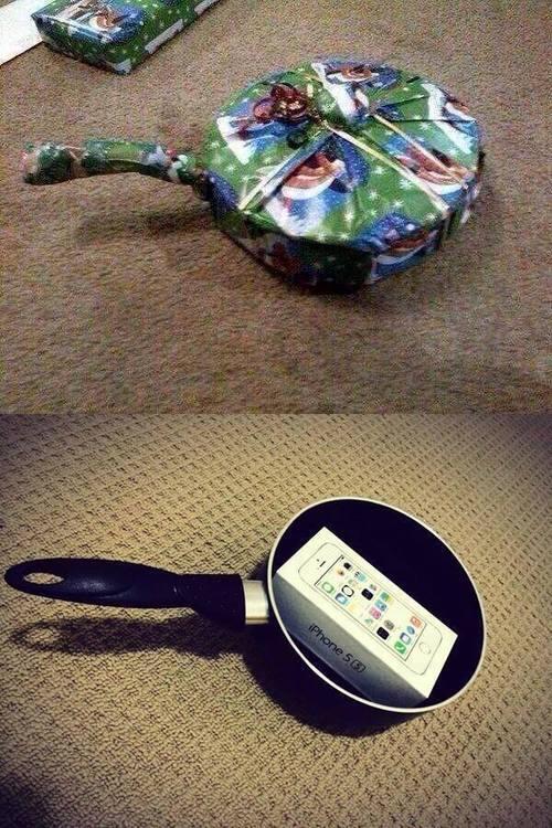 Как упаковать телефон для подарка 387