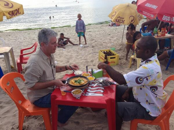 """As @Bourdain always says """"food tastes better with sand between your toes"""" #partsunknown #Salvador http://t.co/yDRUWVSsWw"""
