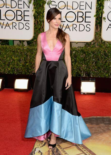 Sandra Bullock couldn't decide which color dress to wear so she chose all of them. #goldenglobes http://t.co/qzbe3ImcbL