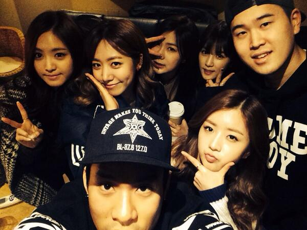 Good morning baby #apink #dublekick http://t.co/RynJG3TPxW