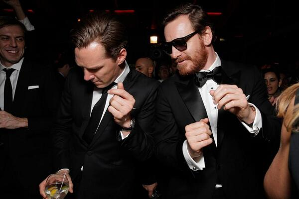 Our fave photo from last nights #GoldenGlobes - @cumberbatchweb and Michael Fassbender throwing some serious shapes! http://t.co/EAmHk6cBGr