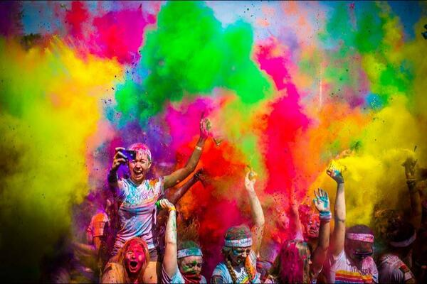 @TheColorRun 2014 Kaleidoscope Tour! Get $5 Off! - http://t.co/9PqB1Y18bj  via @We_HaveItAll @TheColorRun #running http://t.co/lMnnTbCeG3