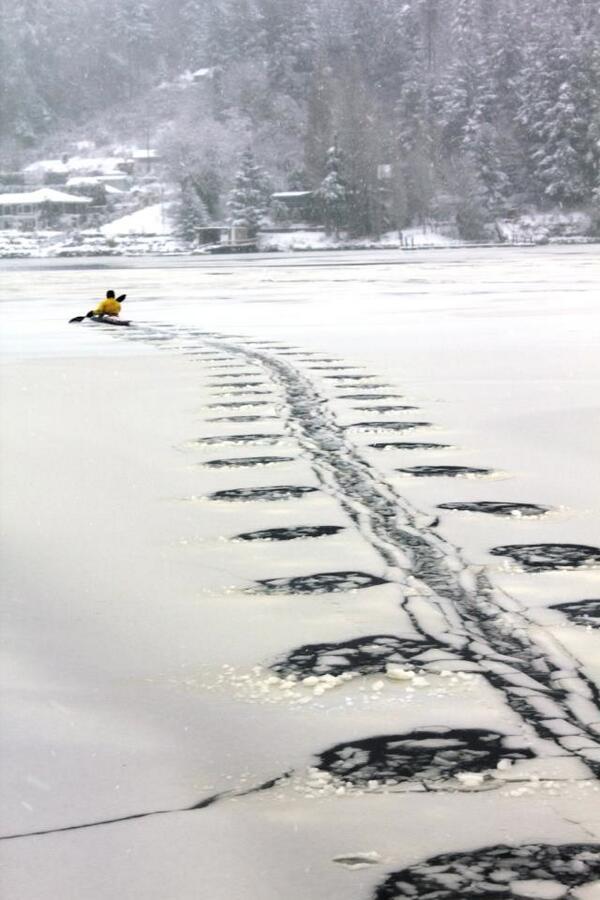 Winter Kayaking http://t.co/HidoXOsA0P