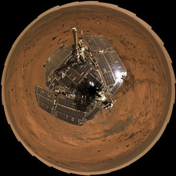 That's the spirit! 10 years ago, the Spirit rover landed safely on Mars http://t.co/xAguVaR7og #MER10 http://t.co/TV660vVprA