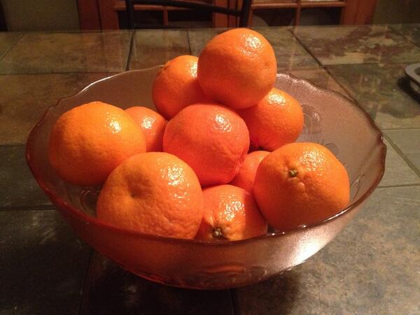 I, too, am watching the #OrangeBowl. So far, it's been pretty unremarkable. Still just a bowl of oranges. http://t.co/5yqfP7qXKt