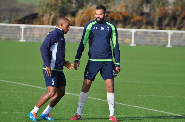 BdTEb8UCQAIWR r Sandro, Andros Townsend, Jermain Defoe & Lewis Holtby return to Spurs training